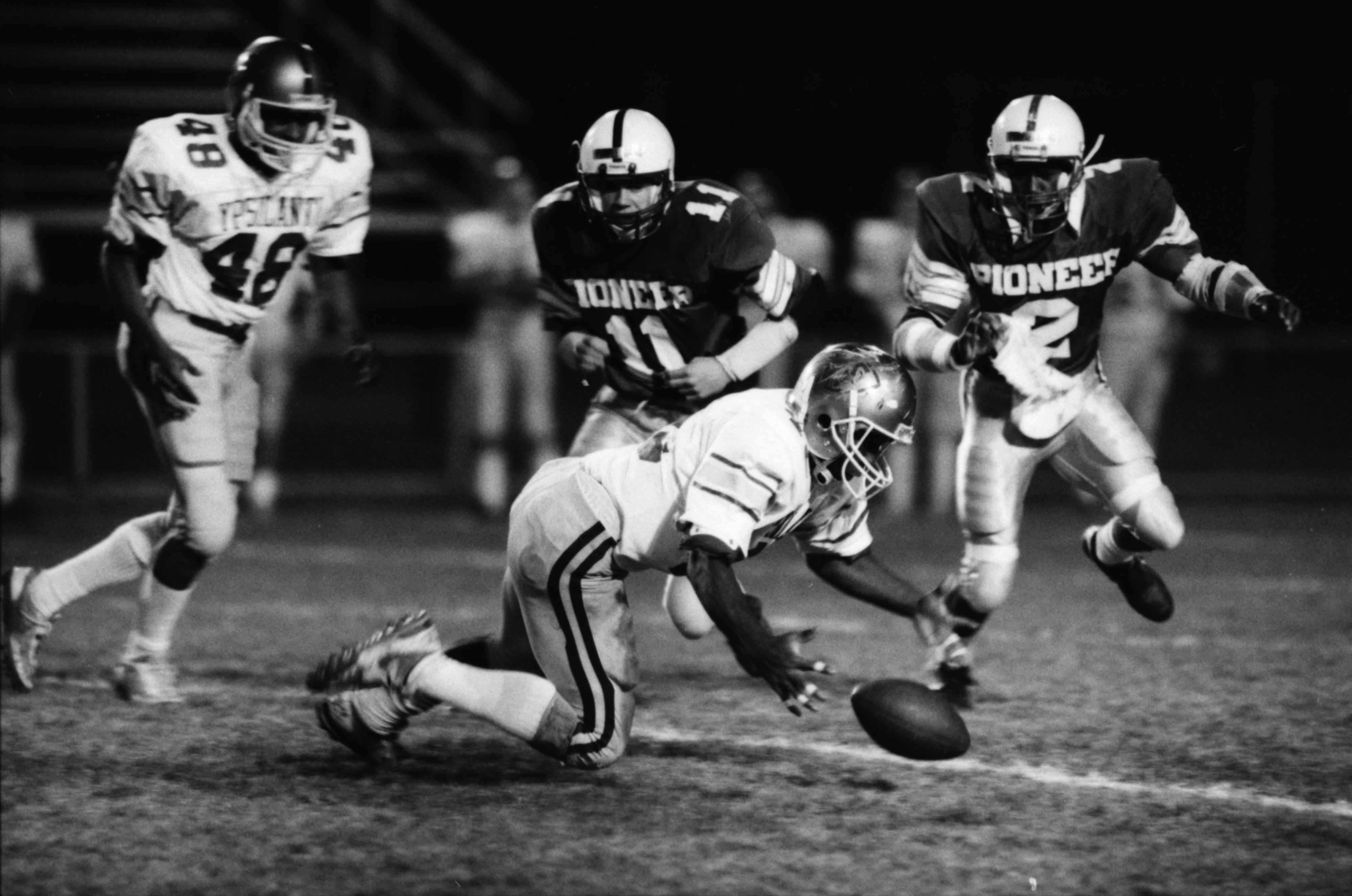 Pioneers Capitalize on Ypsilanti's Fumble in 17-7 Win, October 1987 image