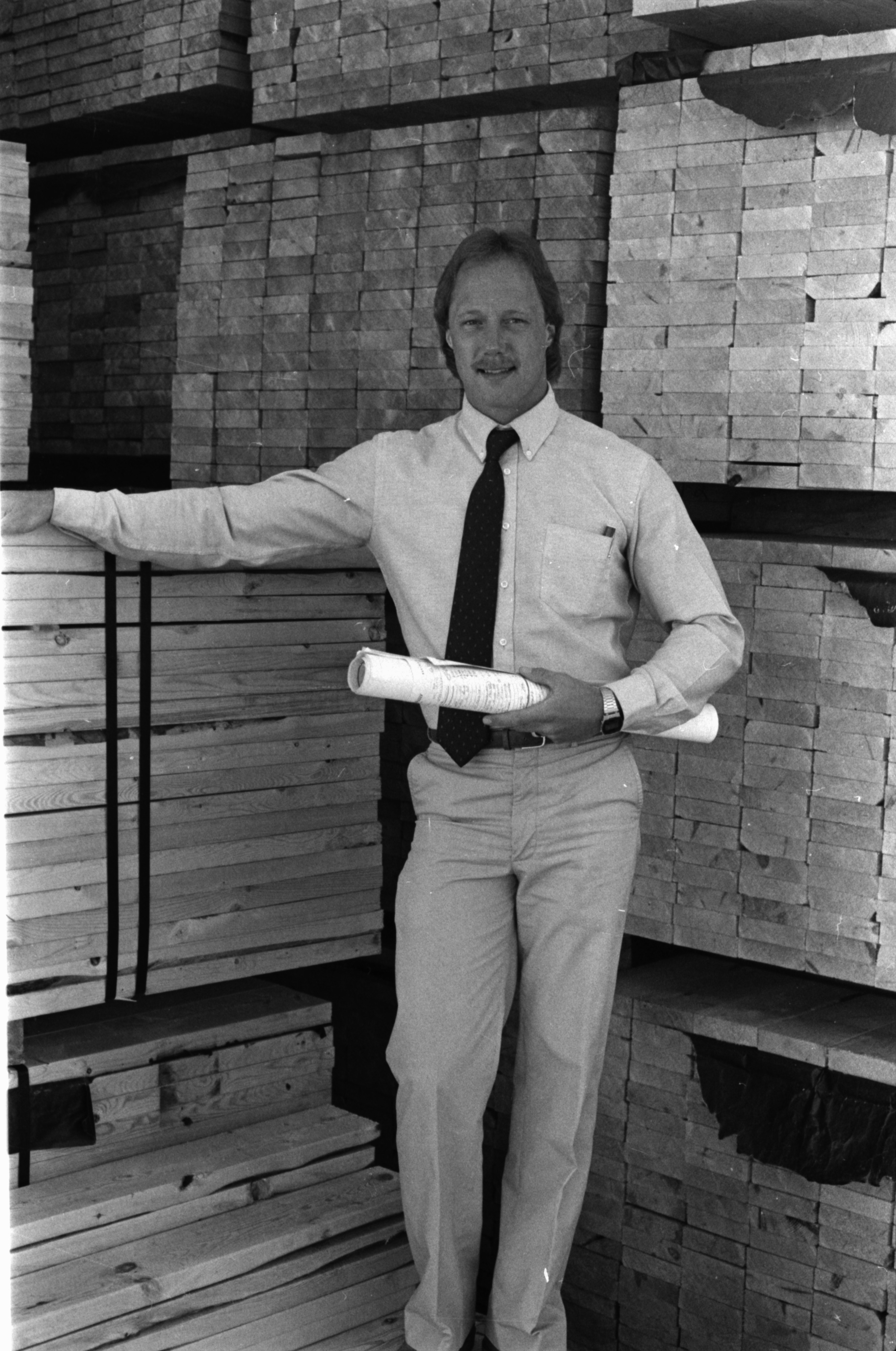 Fingerle Lumber Co, May 1985 image