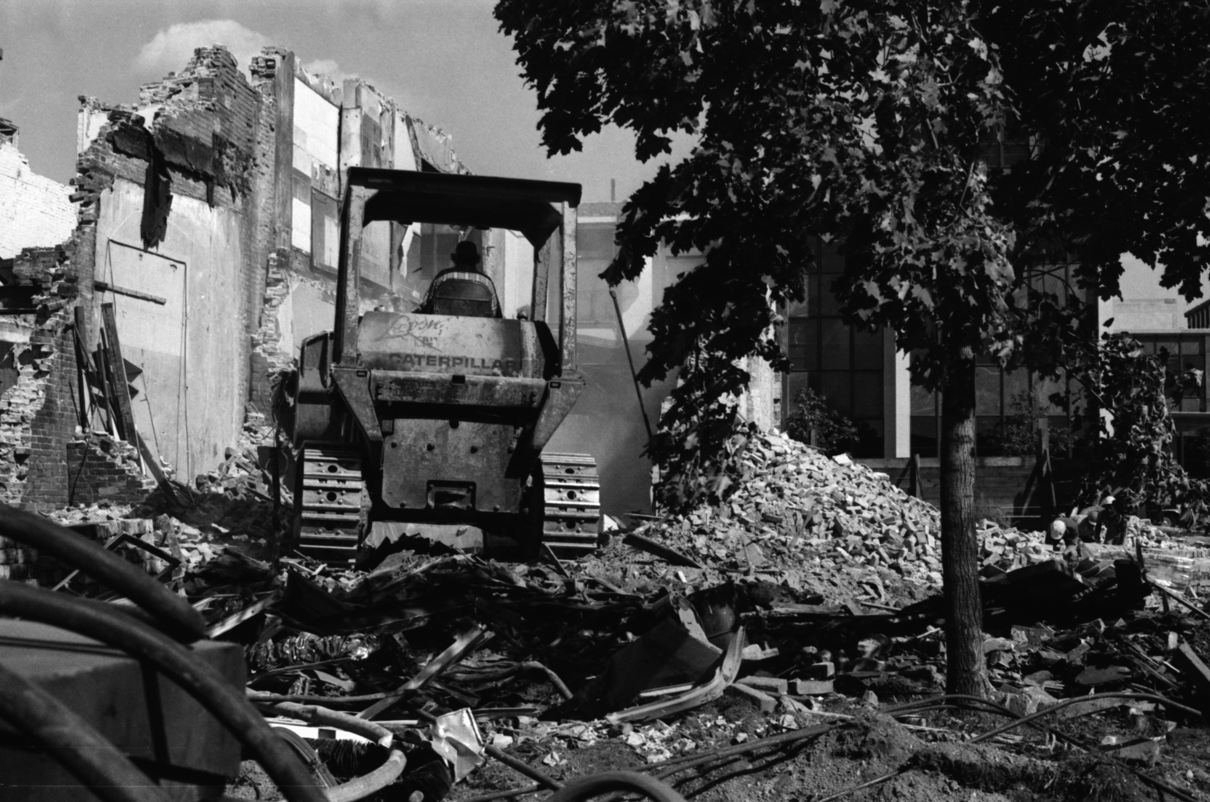Demolition Of Joe's Star Lounge, September 1985 image