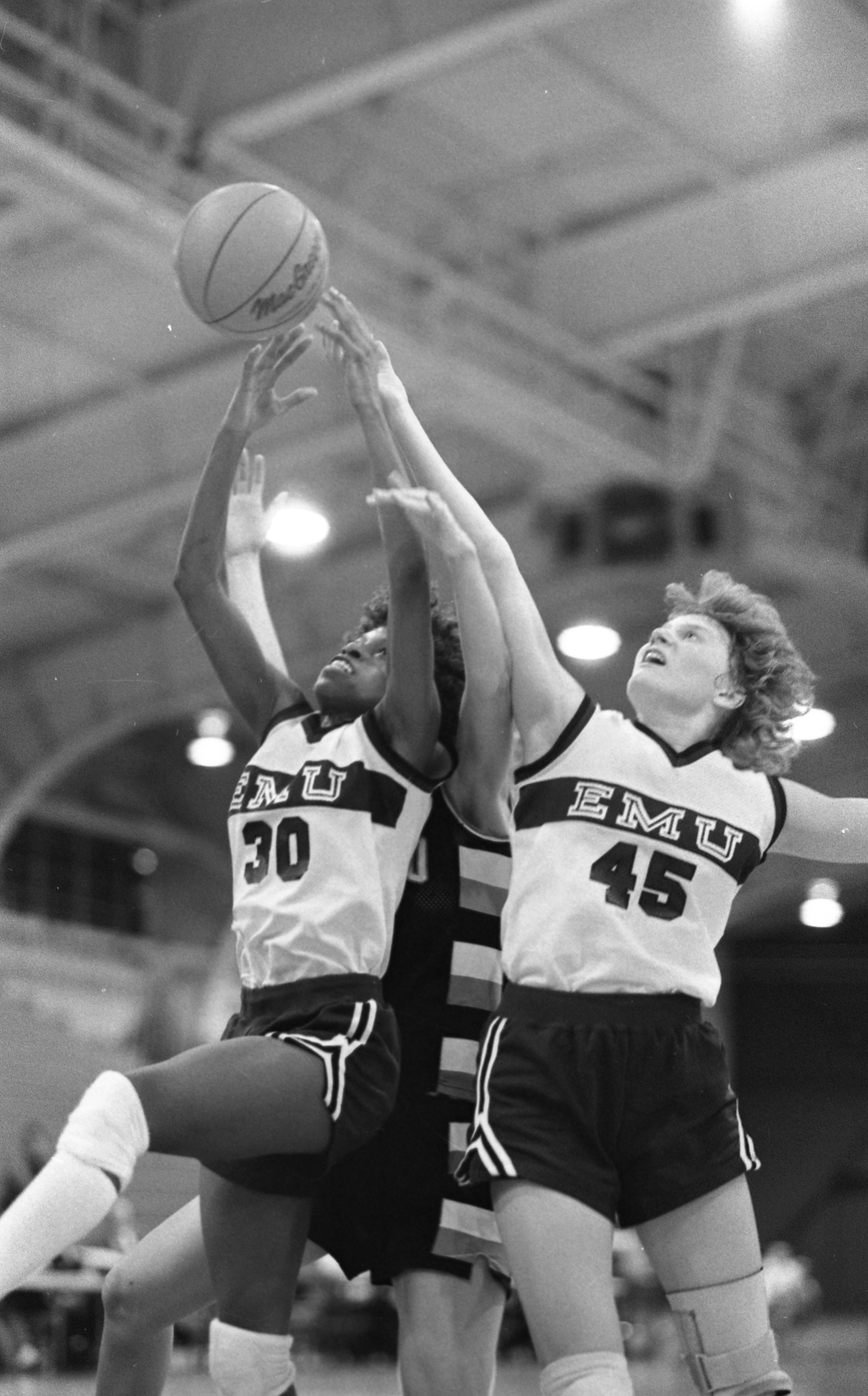 EMU Women's Basketball vs. University of Toledo, January 1986 image