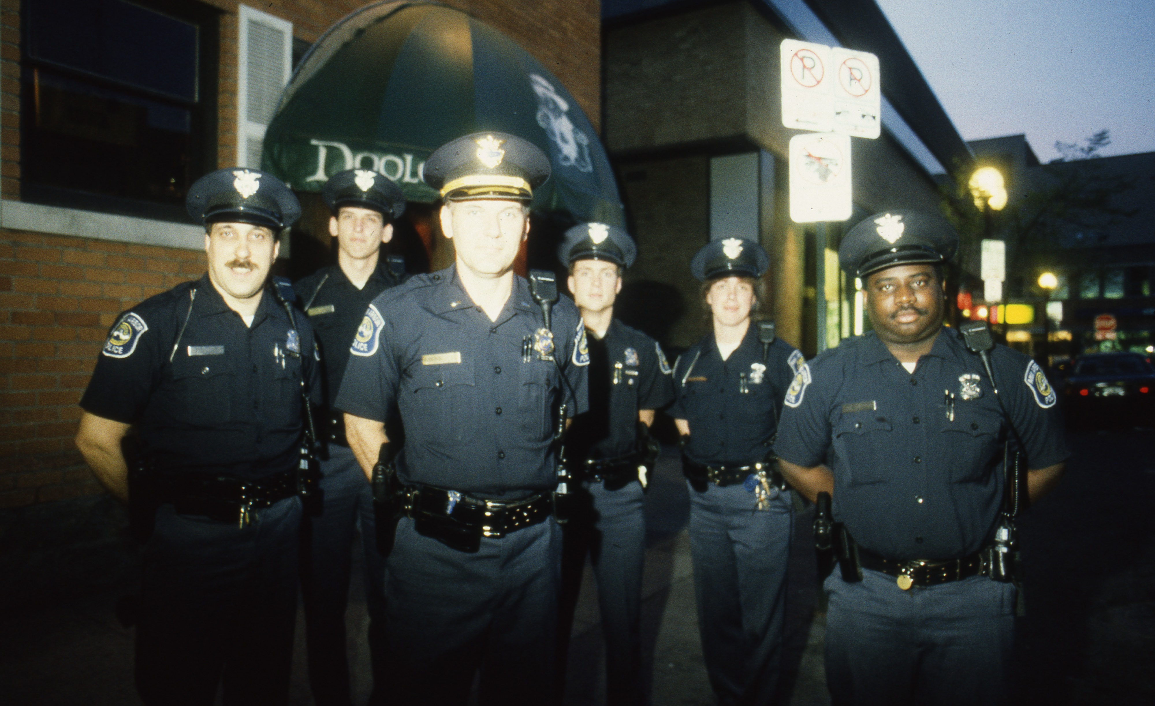 problems in a police department Find volunteer opportunities at the police department find now learn about pre-paid parking cards,  report problems with street lights, potholes or traffic signals.