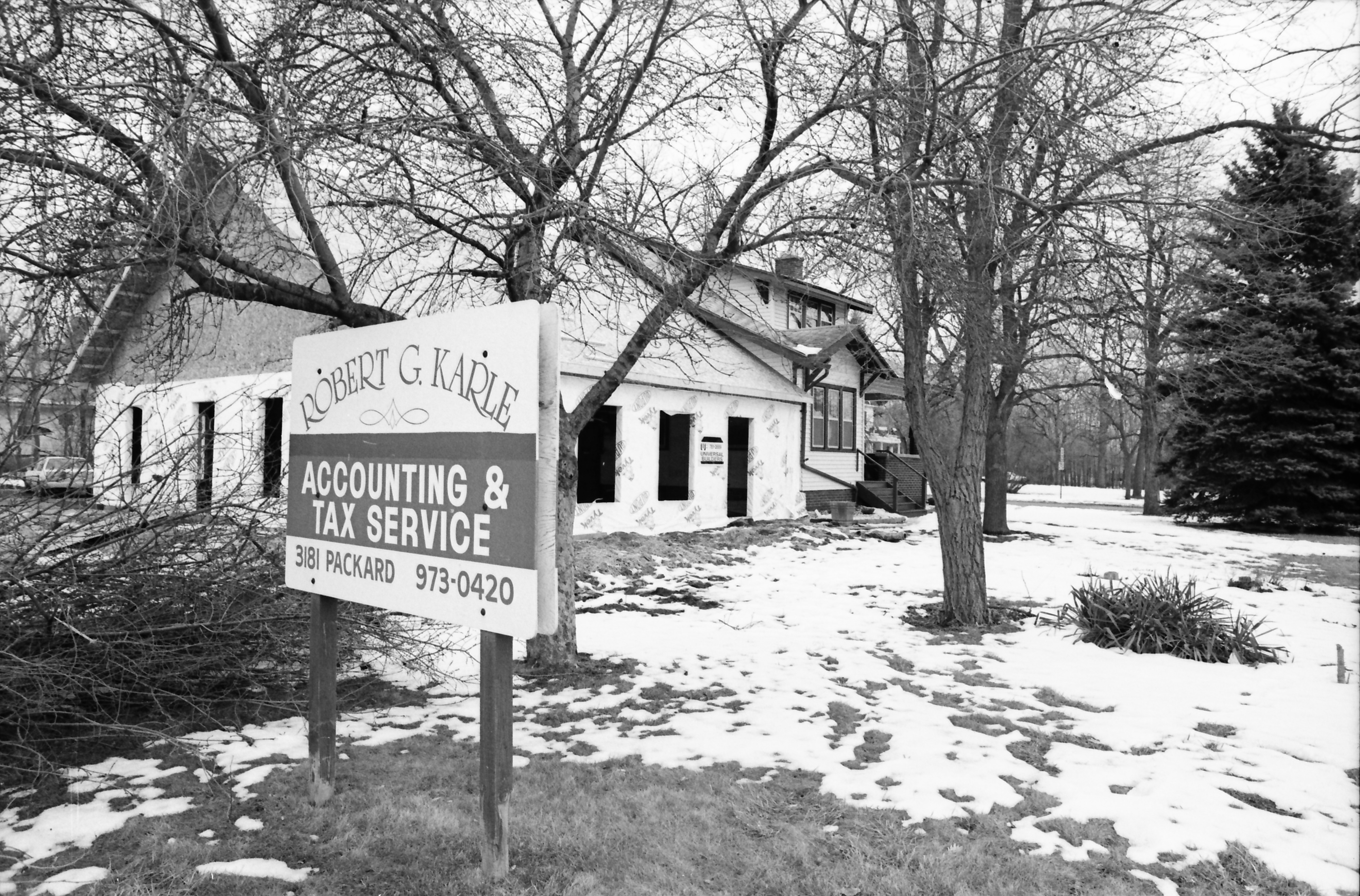 Robert G. Karle Accounting & Tax Service Sign, February 1992 image