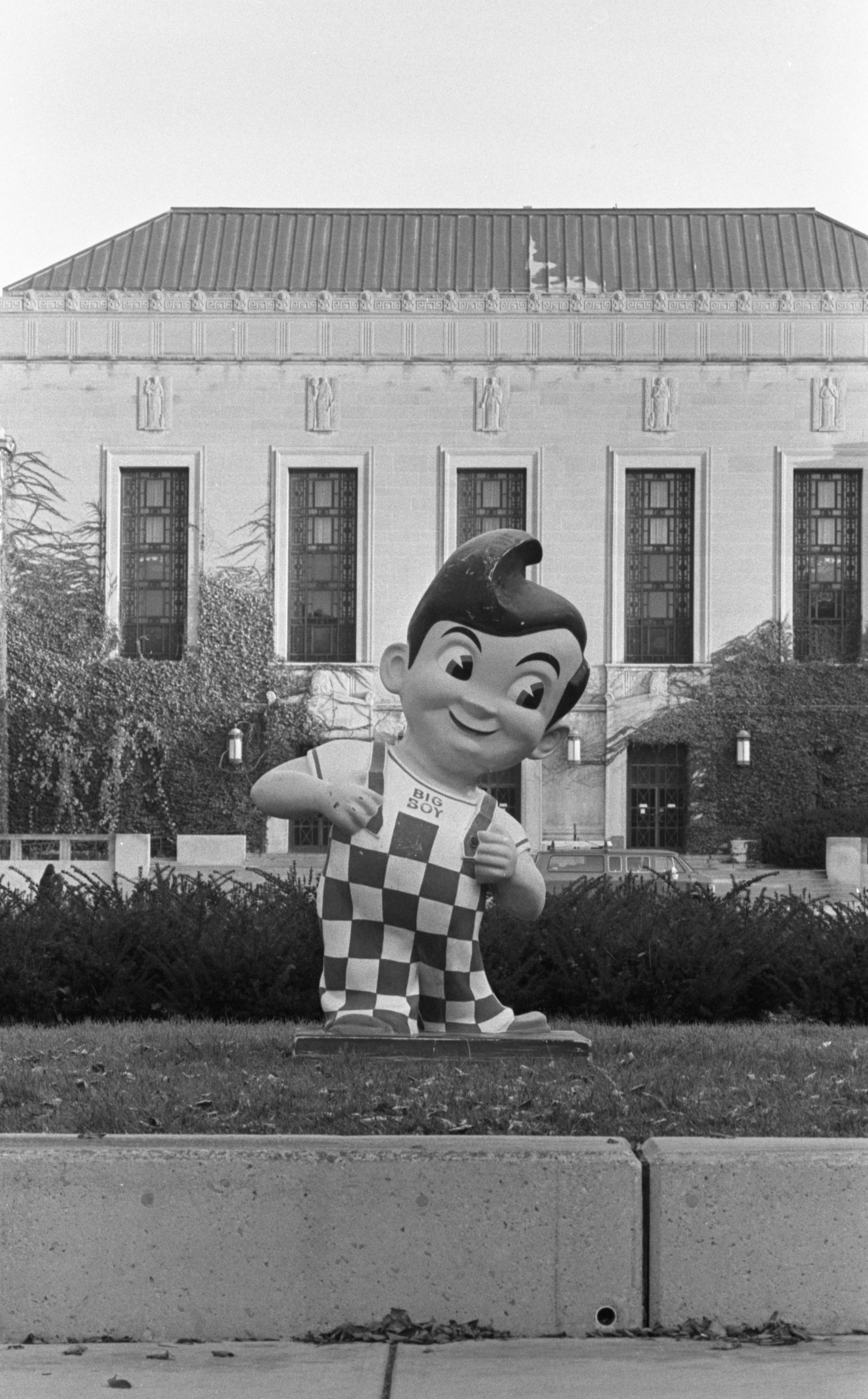 Stolen Big Boy Statue On Campus Between Burton Tower & The Michigan League, October 1991 image