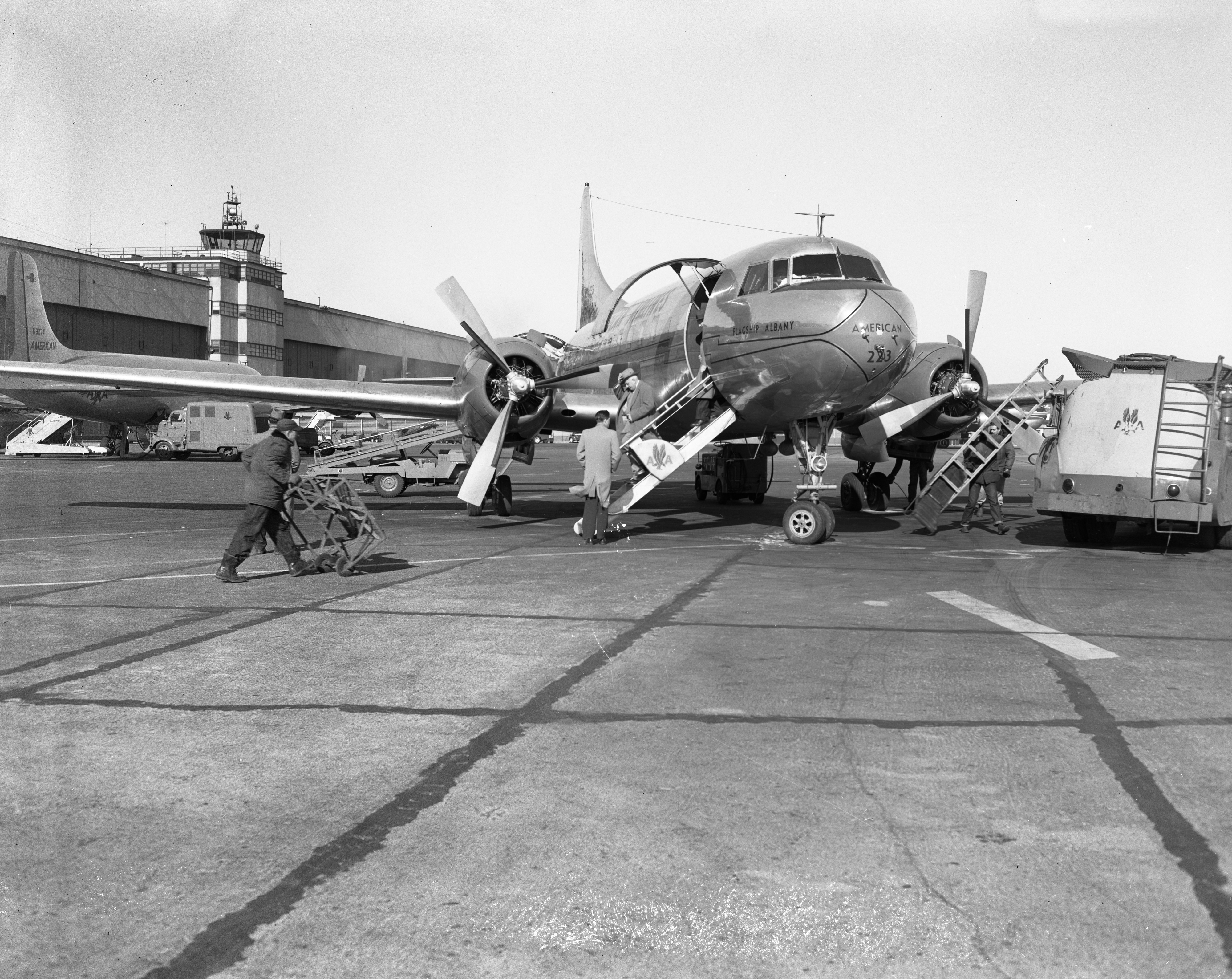 Plane Arrives at Willow Run Airport, February 1954 image