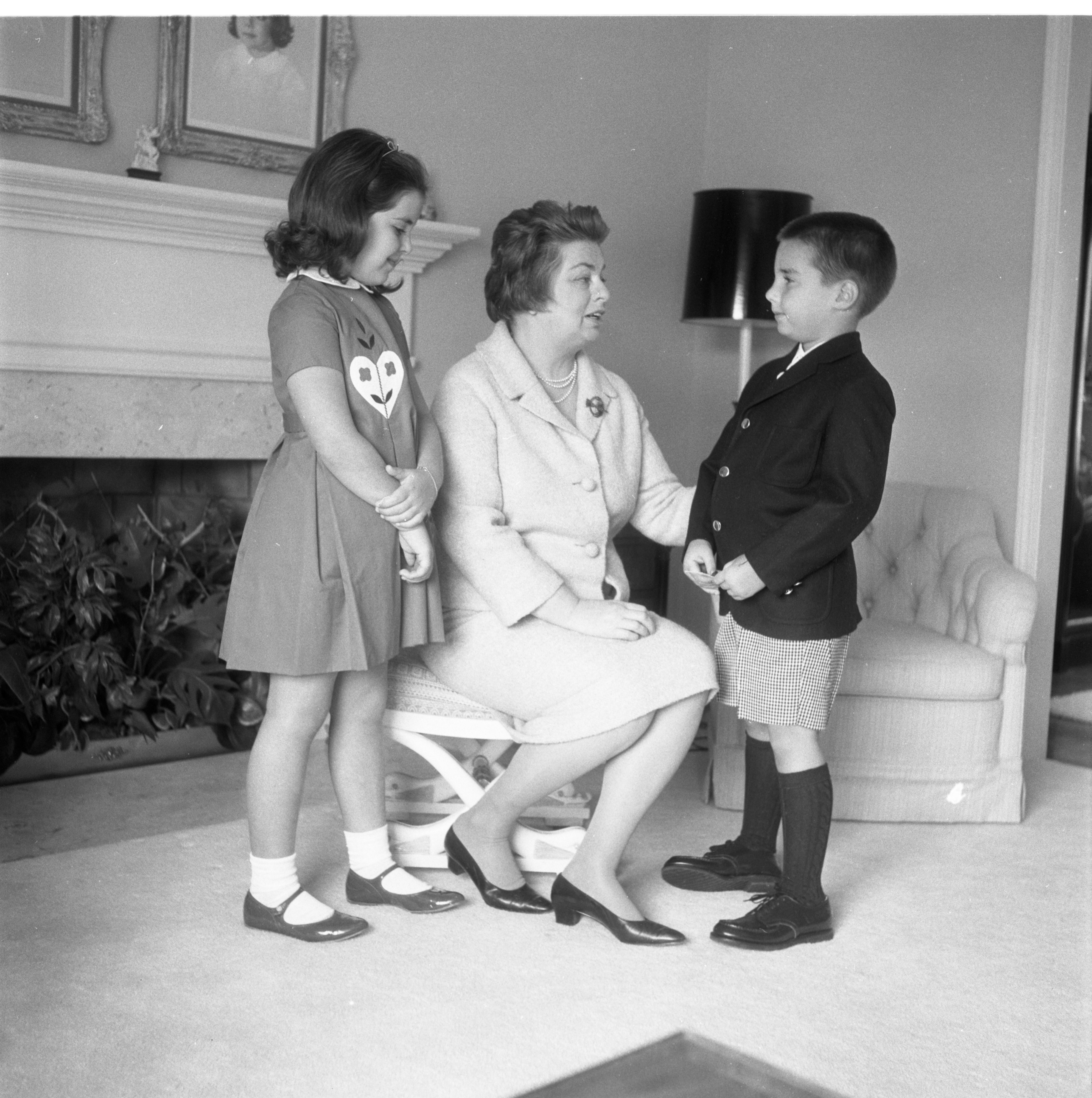 Amy Vanderbilt Visits With Godchildren Diane and George Handy, April 1965 image