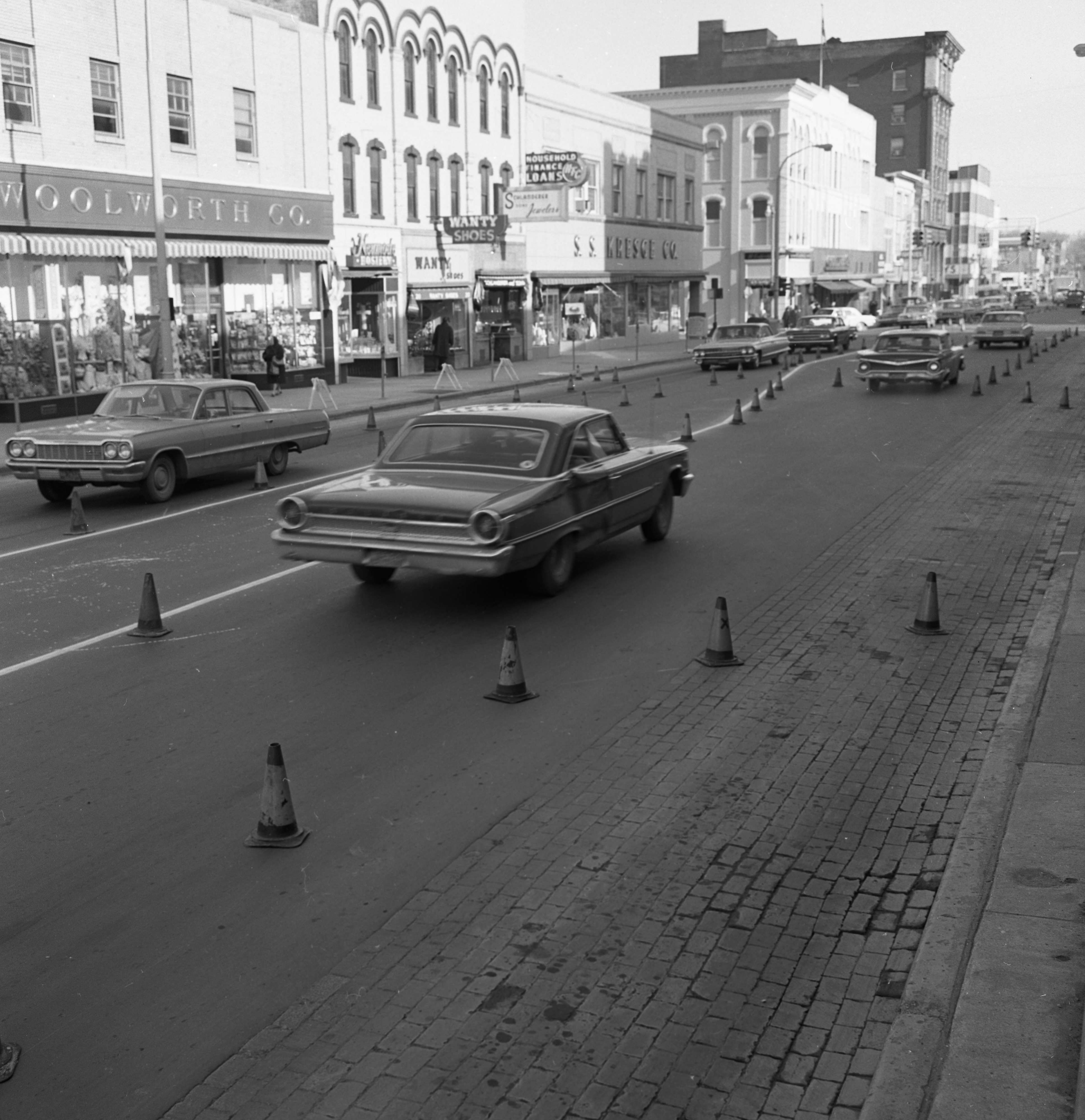 Ann Arbor Tries Out Three-Lane Traffic On S. Main, April 1965 image