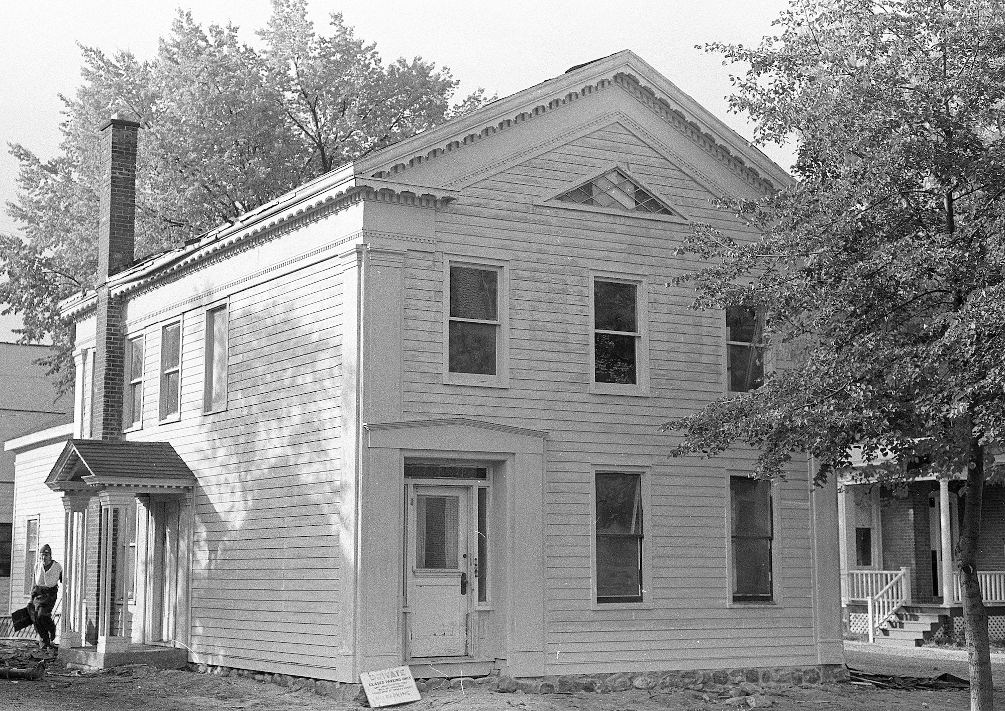 pre-Civil War parsonage image