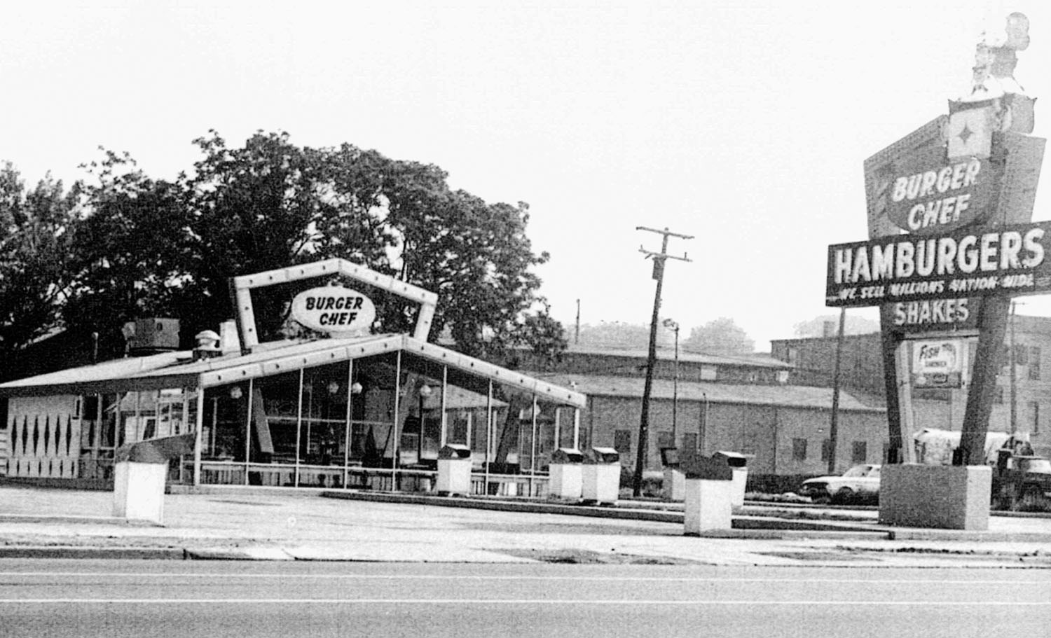 Burger Chef, 309 East Michigan Avenue image