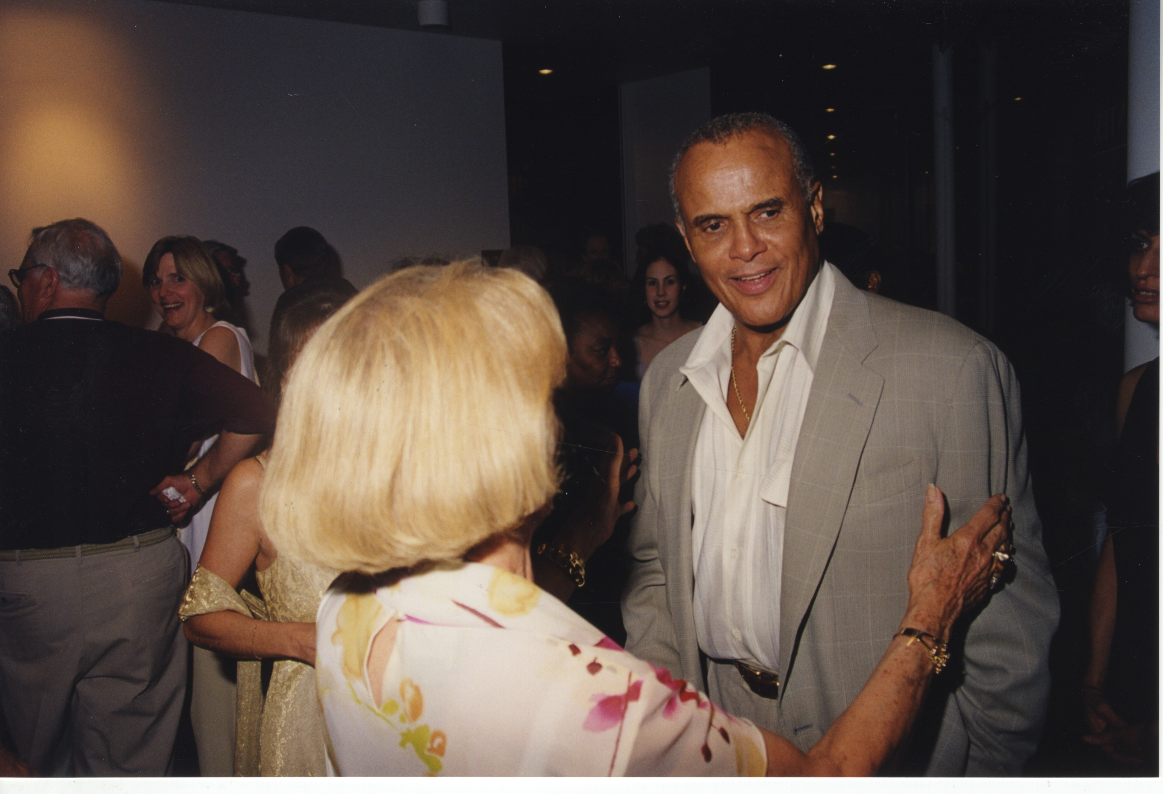 Harry Belafonte Roll B image