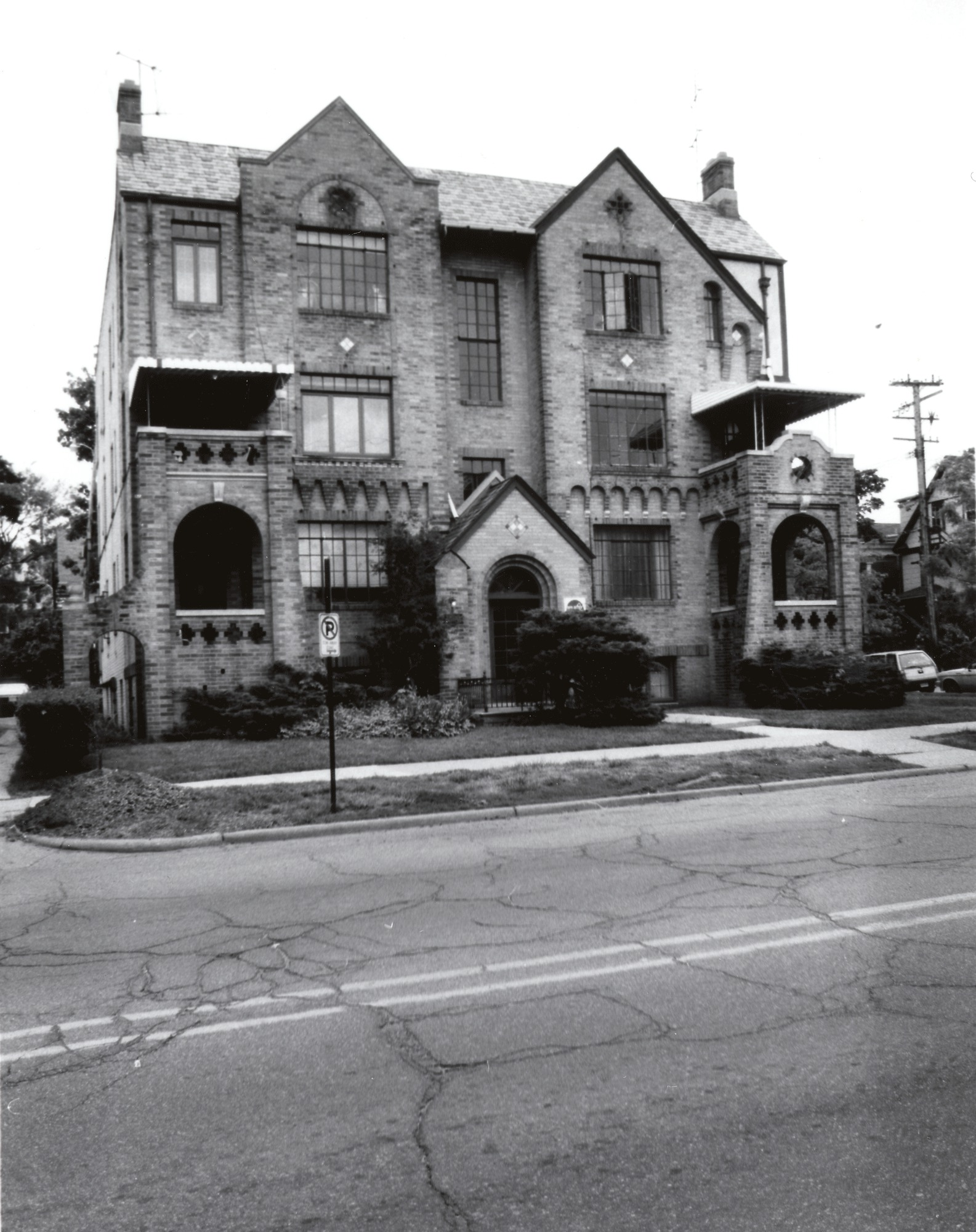 Wil-Dean and Duncan Manor Apartments, 1928 image