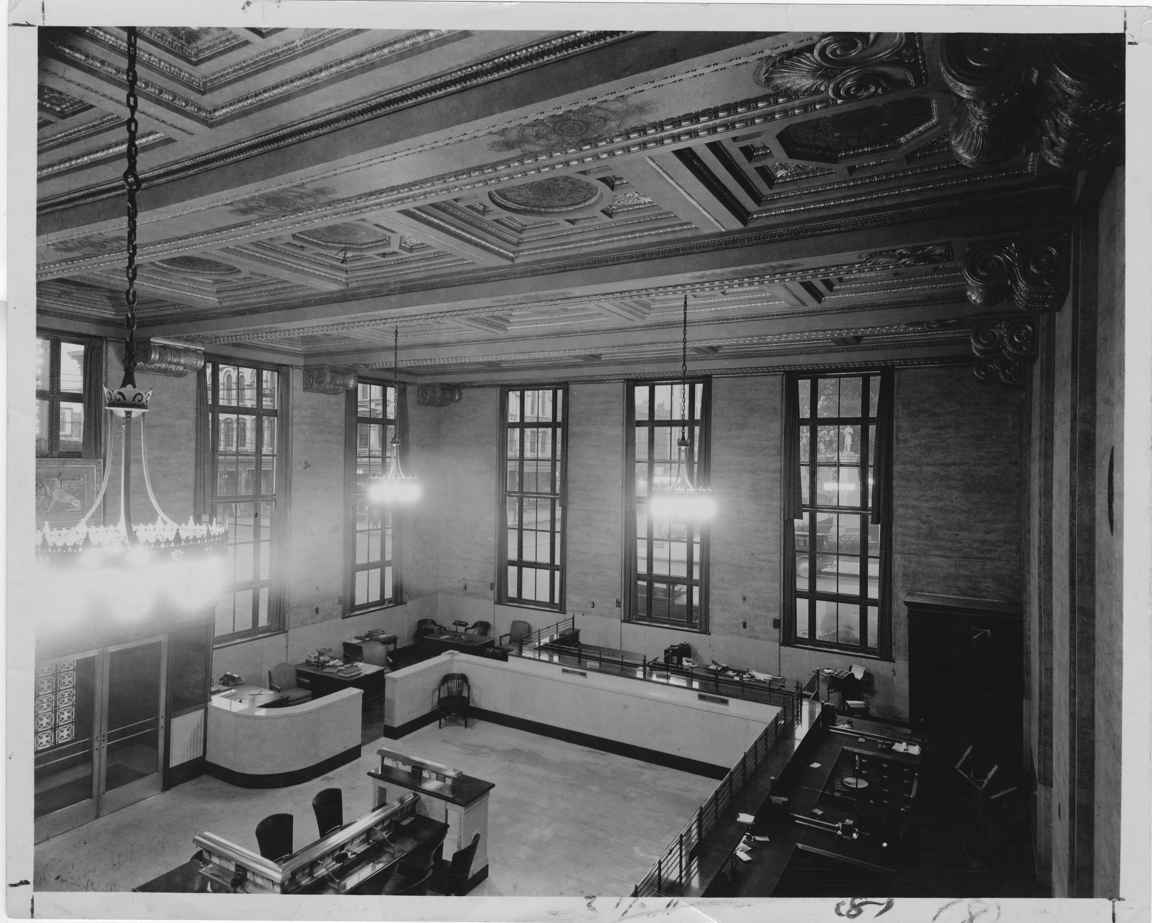 Inside Ann Arbor Savings and Commercial Bank, former Farmers & Mechanics Bank, corner Huron and Main, 1928 image