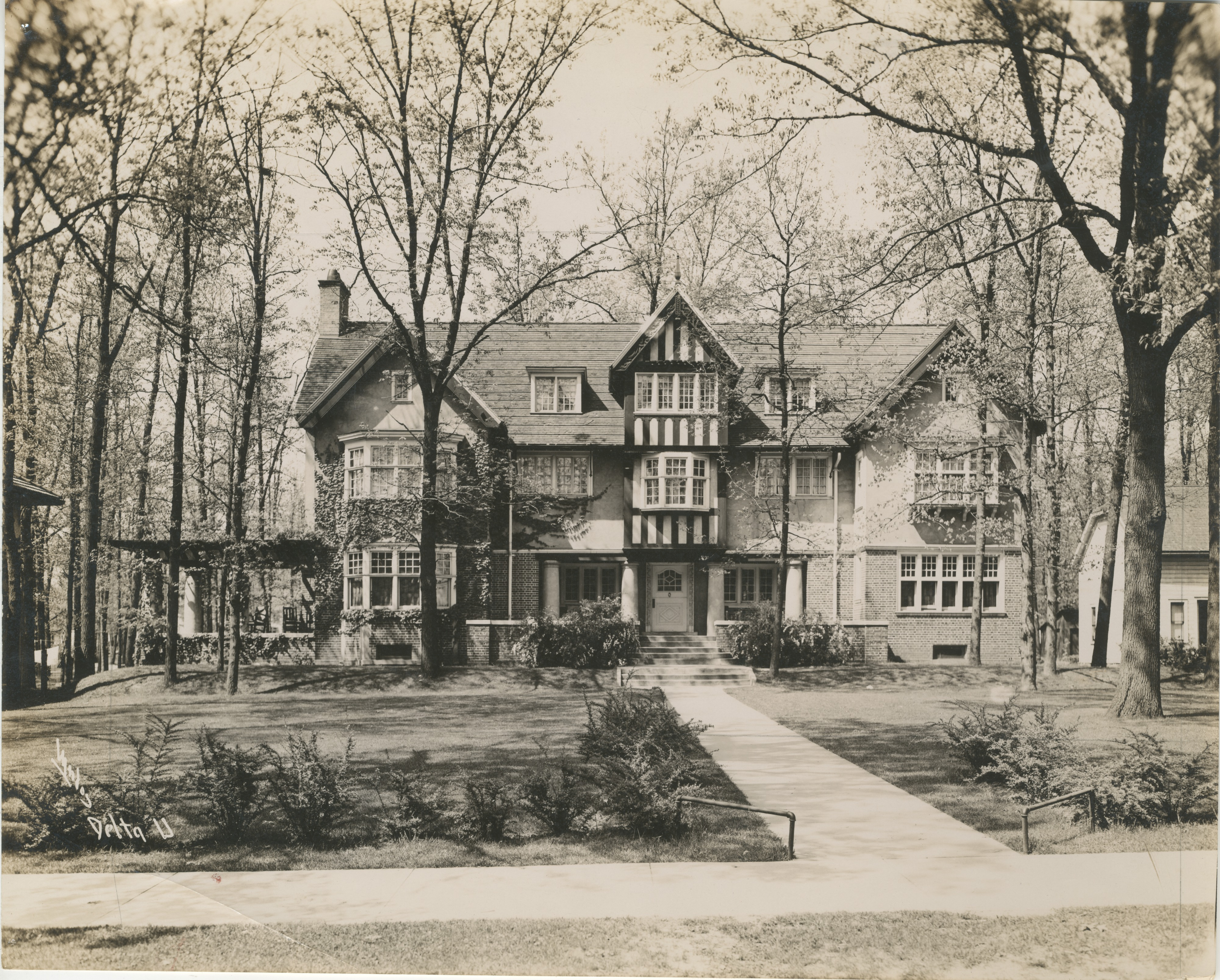 University of Michigan Delta Upsilon Fraternity 1331 Hill St, Undated image