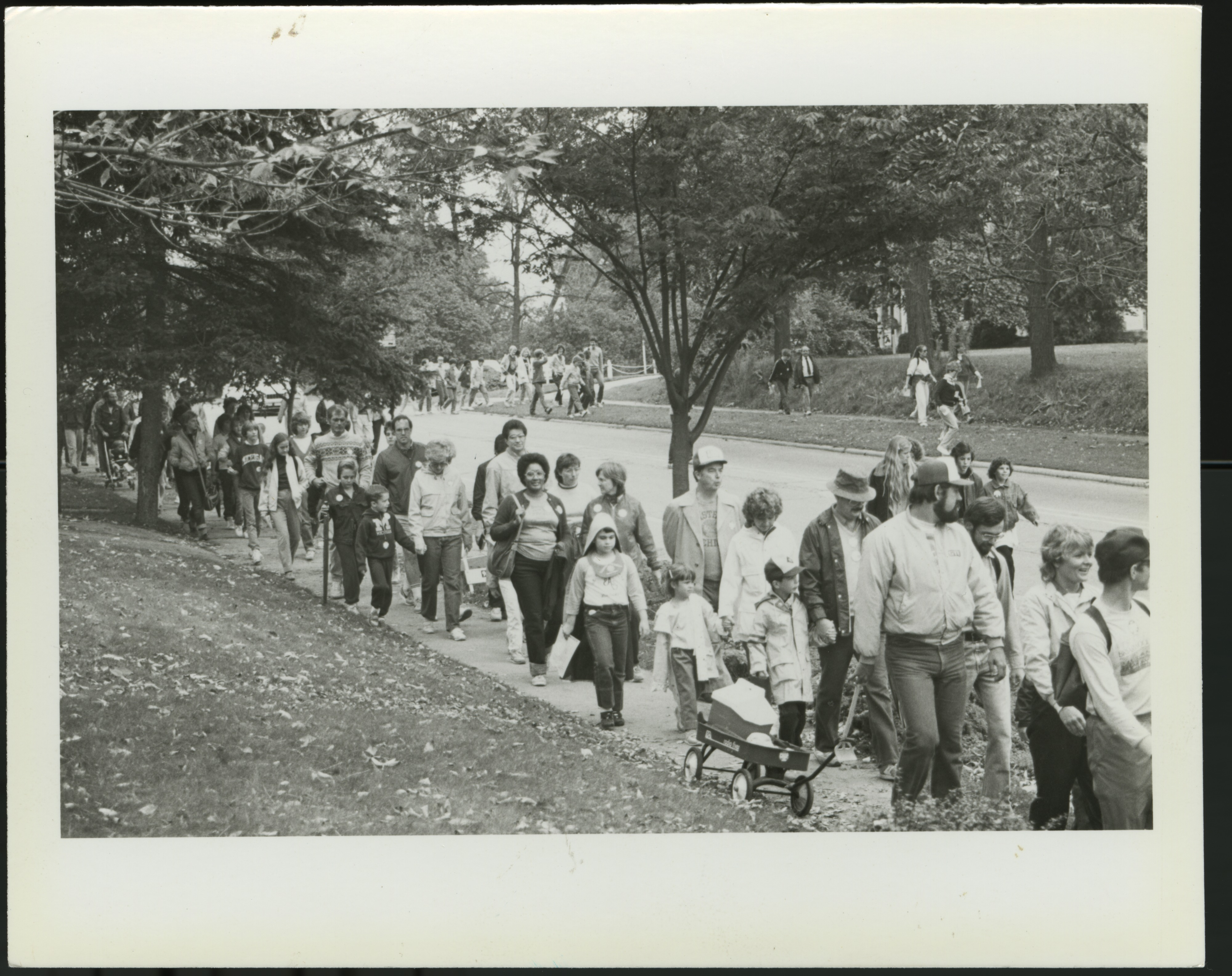 Interfaith Council for Peace and Justice: Crop Walk, 1986 image