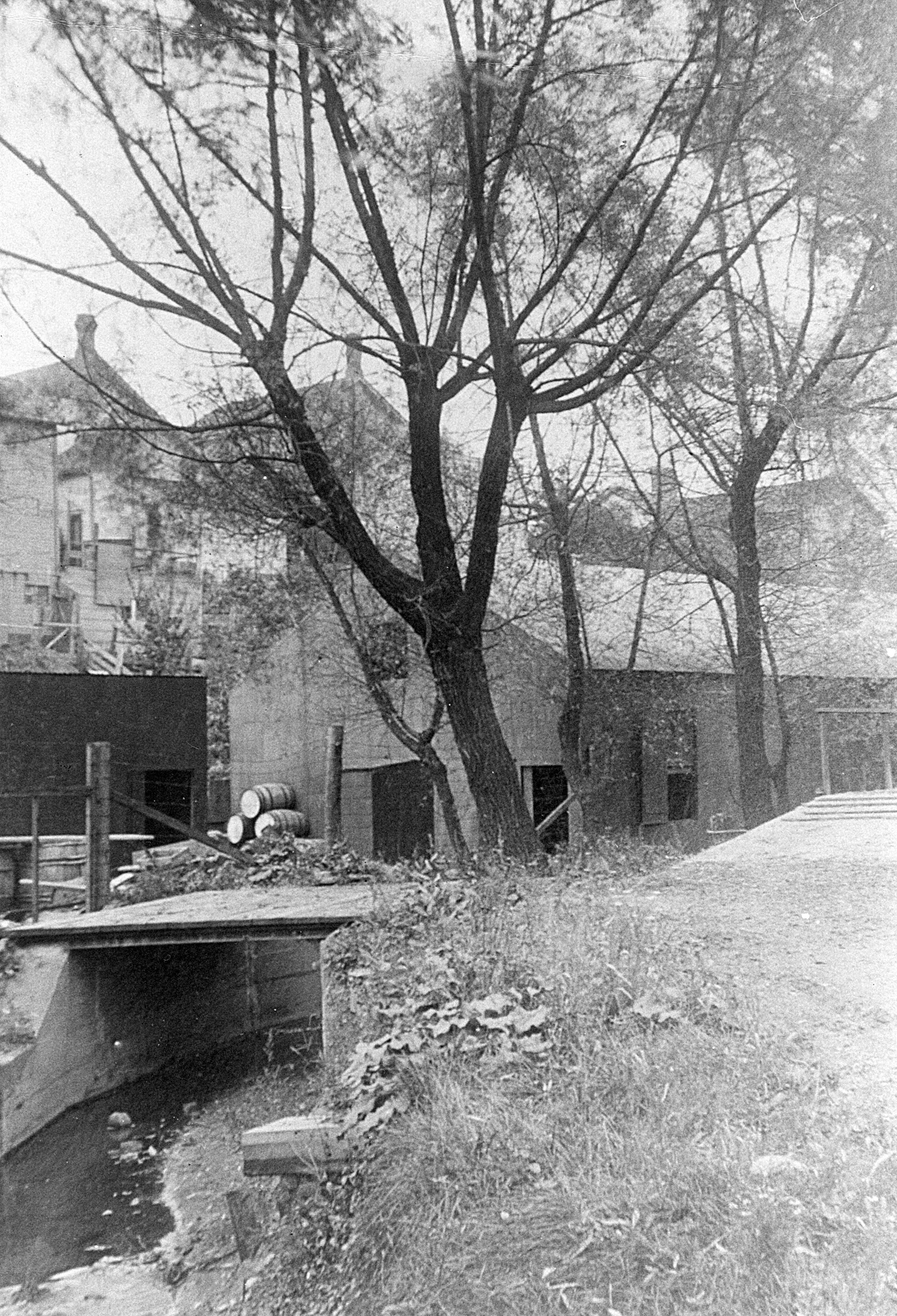 Allen's Creek near Dean and Company warehouse image