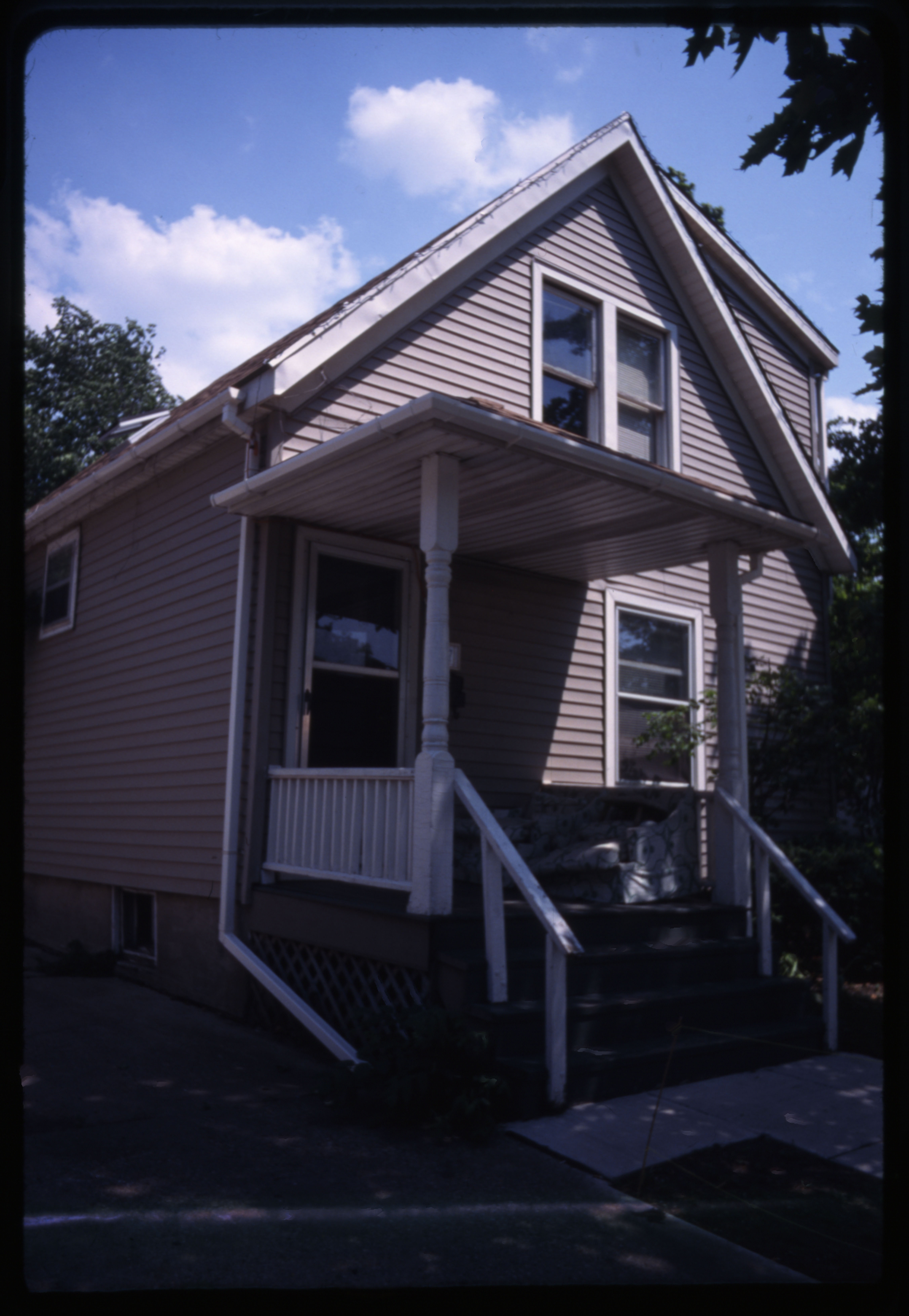 937 S Division St, 2000 image