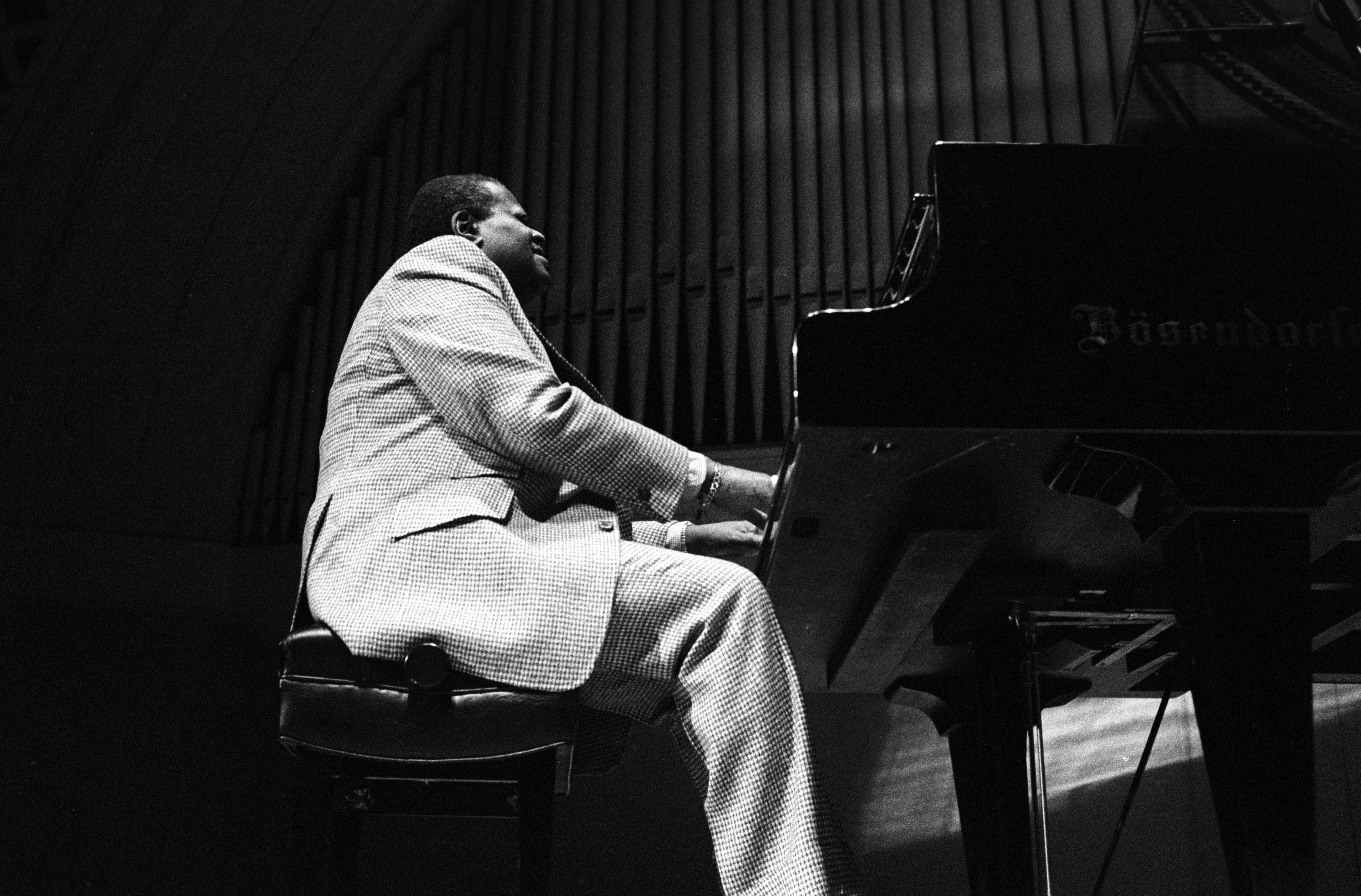 Oscar Peterson at Hill Auditorium, December 10, 1977 image